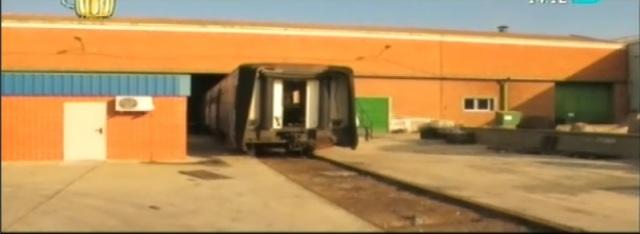 De La Gaceta, el coche 2 de Téllez en el taller de Renfe en Villaverde en enero de 2012