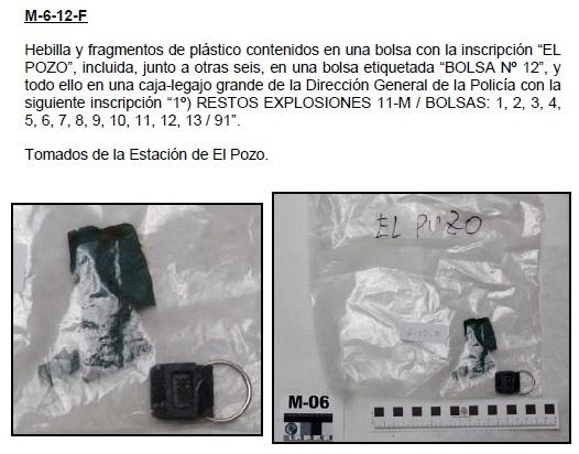 """6-12F: Hebilla y fragmentos de plástico contenidos en una bolsa con la inscripción """"EL POZO"""""""