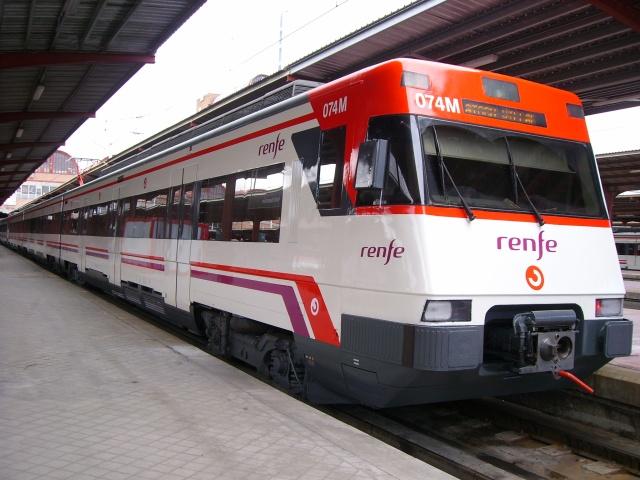 Unidad de Cercanías serie 446