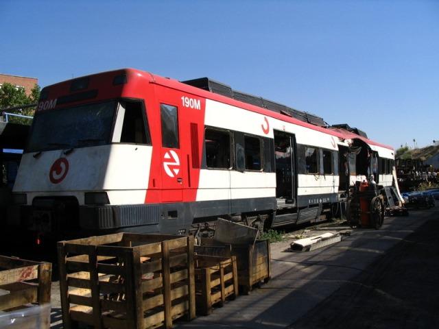 El coche 4 de Santa Eugenia en el taller de Tafesa el 21 de septiembre de 2004
