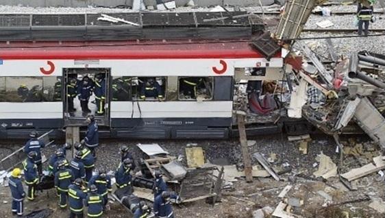 El coche 6 tal y como quedó tras el atentado